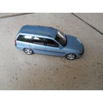 Gm Opel Vectra Sw 1:43 Minichamps Igual Chevrolet