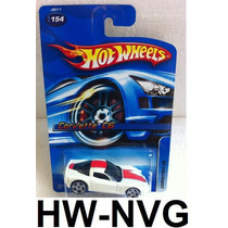 Hot Wheels 2006 Corvette C6