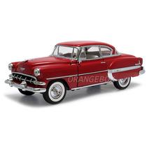 Chevrolet Bel Air 1954 1:18 Sunstar Vermelho 1700