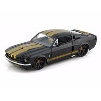 Miniatura Ford Shelby Mustang Gt500 1967 Preto 1:24 Jada