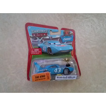 Disney Cars The King Rei With Piston Cup Troféu Mattel