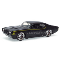 Pontiac Gto Judge 1969 1:24 Jada Toys 90060-preto