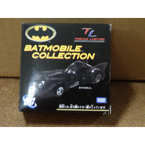 Batmobile - Tomica Limited - 1:64 - Na Caixa