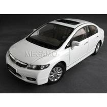 Miniatura Honda Civic Branco - 1/18 - Super Detalhada