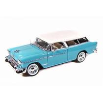 Miniatura Chevrolet Nomad 1:18 Maisto