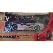 Jada Toys 1.24 Nissan Silvia S15 Model Kit