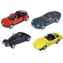 Kit Com 4 Miniaturas Metal Carros Antigo Da Maisto - 11 Cm