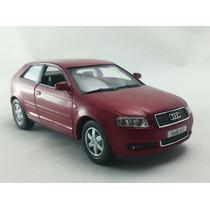 Miniatura Audi A3 Escala 1:32 Vermelho