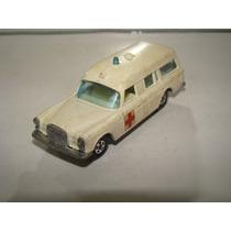 Matchbox 3 Mercedes Benz Ambulance B175
