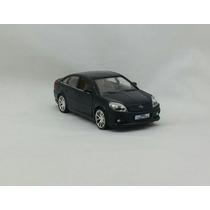 Miniatura Opel Vectra - Preto
