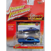 Johnny Lightning 2016 Classic Gold 1972 Ford Maverick Blue