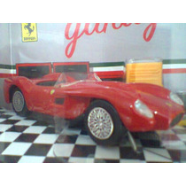 Burago 1/43 Ferrari 250 Testa Rossa Com Acessórios Diorama