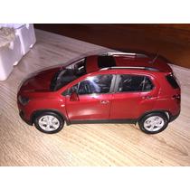 Miniatura Chevrolet Tracker - Paudi Models -1/18.