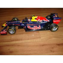 Miniatura F1 Red Bull 2011 - M. Webber