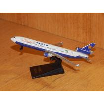Miniatura Avião De Metal- Varig Brasil Md-11 - Metal 12,5 Cm