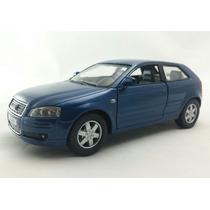 Miniatura Audi A3 Escala 1:32 Azul