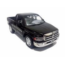 Carrinho Dodge Ram 1500 Preto Miniatura 1/32 - Ferro Fricção