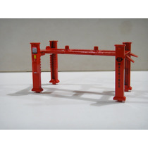 Elevador Para Diorama Muscle Machines 1:64 Valorize A Cena