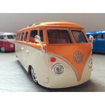 Miniatura Volkswagem Kombi Retro 1:24 Jada Toys - Coleção