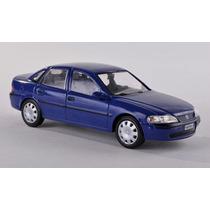 Gm Opel Vectra 1:43 Ixo Não É Minichamps Igual Chevrolet