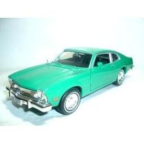 1/24 Ford Maverick V8 1974 Motormax Verde 1:24 73326 Novo