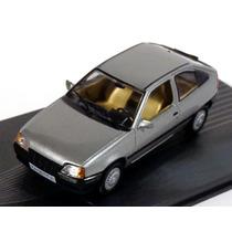 Opel Kadett E 1984 1/43 Ixo/altaya