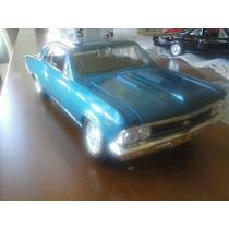 Carro Miniatura Chevelle 1966 1:24 Preto E Azul