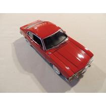 Miniatura Ford Maverick 1/24 Motor Max 73326