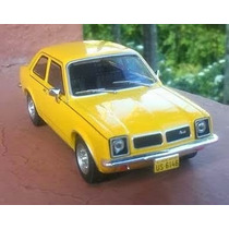 Miniatura Chevette Sl 1979 Chevrolet Collection 1/43 + Revi