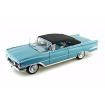 Miniatura Oldsmobile 98 Conversível 1959 Azul 1:18 Sun Star