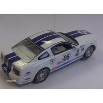 Ford Mustang Fr500c Escala 1:32 Carrera Novo Slot Car