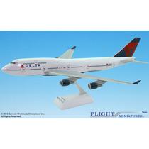 Delta Airlines Boeing 747-400 1:200 - Flight Miniatures