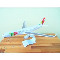 Avião Airbus A330-200 Tap Portugal 32cm Miniatura Maquete