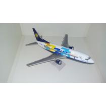 Maquete Em Resina Avião Boeing 737-300 Varig 75 Anos