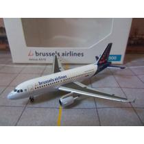 Avião Airbus A319 Brussels Airlines 1:500 Miniatura Herpa Wg