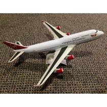 Miniatura Maquete Avião Comercial Virgin Boeing 747 400