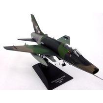 Avioes Combate A Jato F100 Super Sabre Camo 1/72 Com Revista