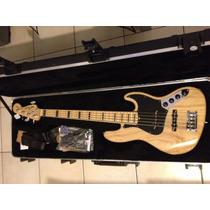 Fender Jazz Bass American Deluxe V - 5cordas Cor Natural