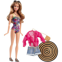 Boneca Barbie Style Férias De Verão - Mattel Cfn06