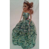 Kit 4 Vestidos Vestidinhos Boneca Barbie+tiara+ 4 Sapatinhos