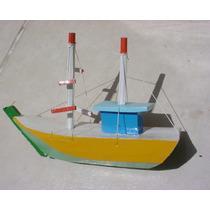 Barco Pesqueiro De Madeira Para Mesa Ou Estante !!!
