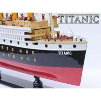 Miniatura Navio Titanic Feito A Mão Um Mito Importad Eua Luz