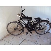Bicicleta Antiga Com Motor Antigo De Uma Pessoa Antiga Unica
