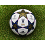 Bola Champions League Adidas Final Wembley 2013