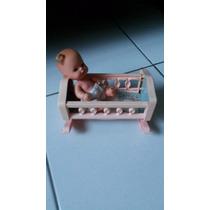 Boneca Chuquinha Antiga Com Berço