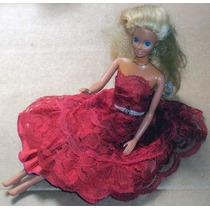 Boneca Barbie Com Vestido Vermelho Da Mattel Made Indonesia