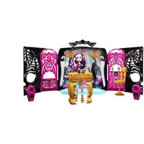 Boneca Monster High 13 Wishes Festa Quarto Mattel