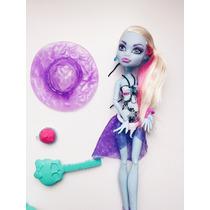 Abbey Bominable Moda Praia- Monster High