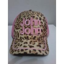 Boné John John * Onçinha * Letras Bordado Rosa