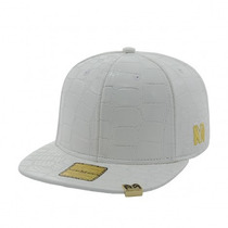 Bone Aba Reta Young Money Snapback Branco Original